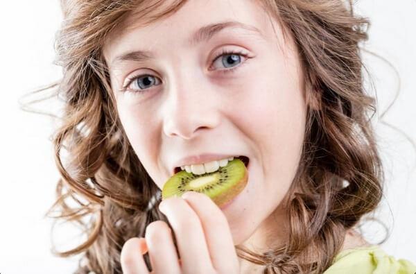 Kiwi có thể gây hội chứng dị ứng miệng