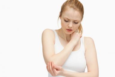 Các triệu chứng của bệnh viêm khớp dạng thấp