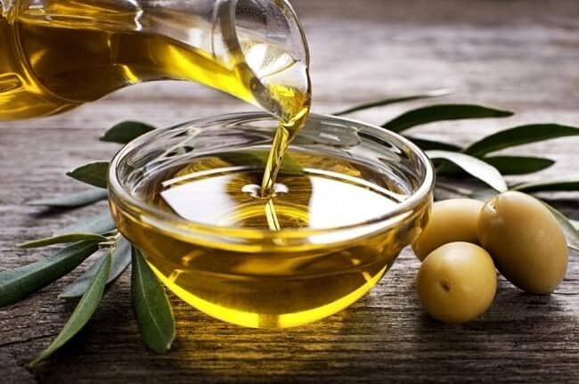 Dầu oliu giúp giảm táo bón