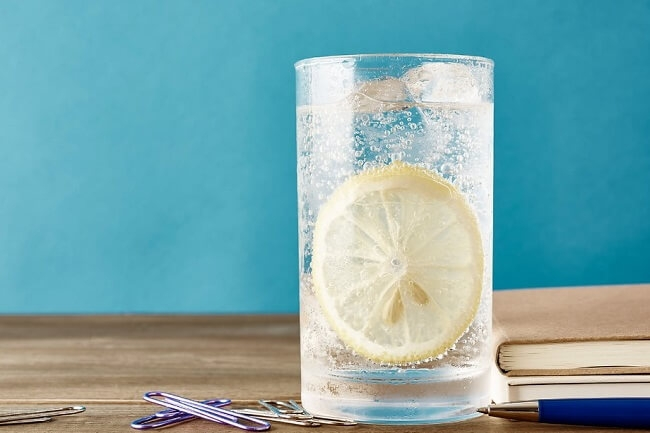 Uống nước có ga dễ dẫn đến bệnh gout