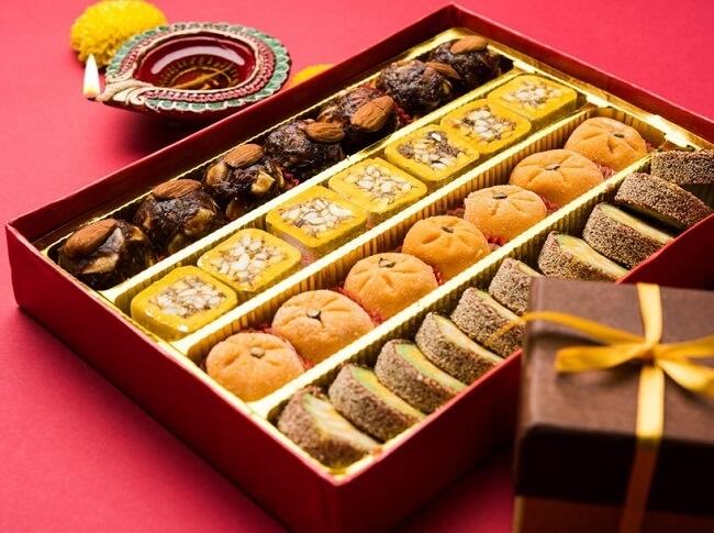Người bệnh gout nên hạn chế ăn đồ ngọt