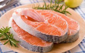 Ăn nhiều cá tốt cho bệnh xương khớp