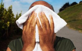 Những yếu tố làm tăng nguy cơ bệnh gút