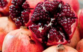 Lợi ích tuyệt vời của trái cây màu đỏ đối với bệnh gút
