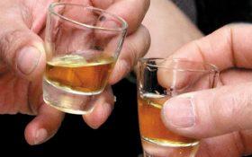 Nguy cơ mắc bệnh gout vì uống rượu thường xuyên