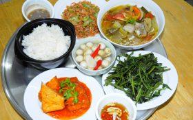 Những thức ăn có lợi và có hại cho người bệnh gút